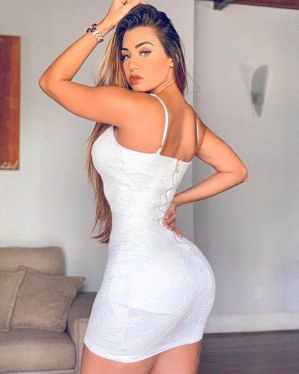 Bella Araujo